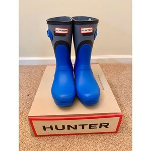 Hunter Short Blue Gray Colorblock Rain Boots